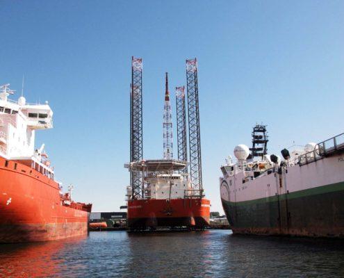 Gittermast für große Schiffe