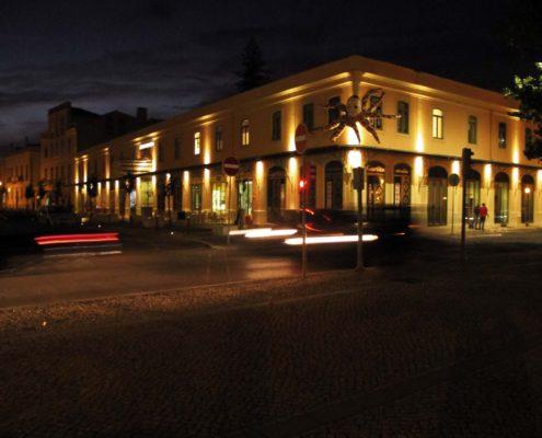 Markthalle in der Nacht