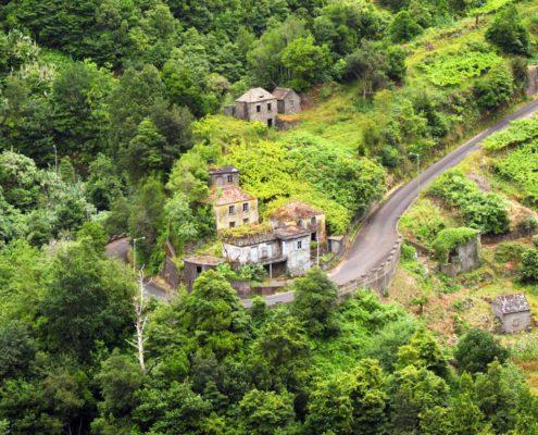Schöne verlassene Ortschaften