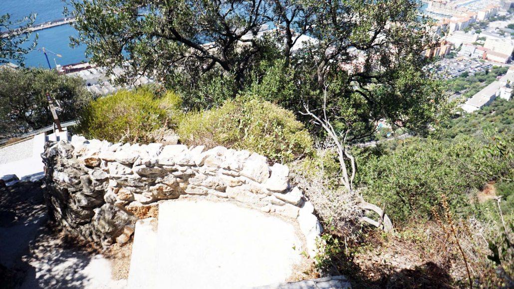 Pfad über den Felsen