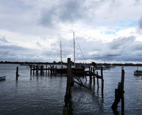 Punta Umbria - Verlassenes Schiff am defekten Steg