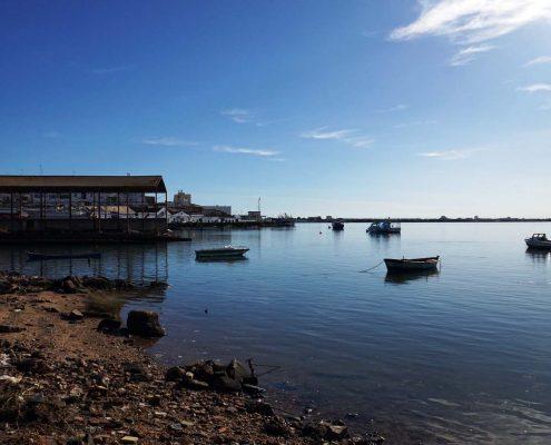 Ayamonte - Werft am Ria Guadiana - Blick über den Fluss