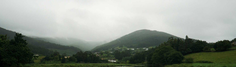 Viveiro - Berge im Nebel