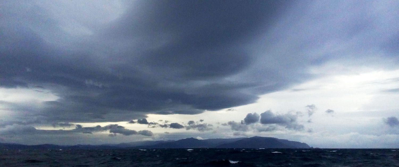 Wolken bei Finisterre - cooles Licht