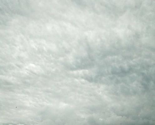Aviles, Wow, was für Wolken