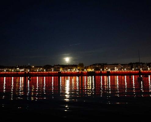 Nacht - Lichtspiegelung in Getxo