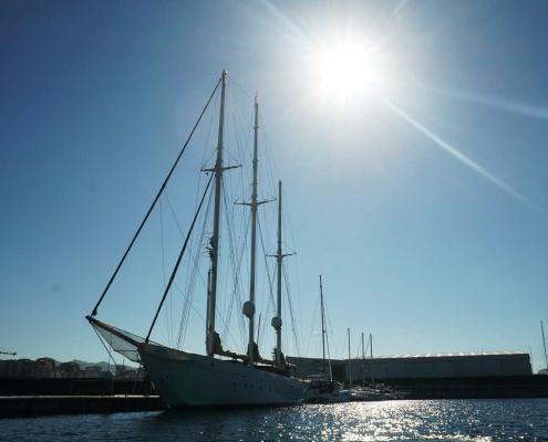 Eine Schönheit - Dreimaster im Ria de Vigo